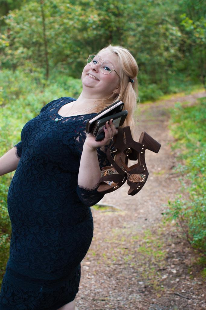 Jag har fotat en Älva och en Rockstjärna i skogen!- Porträtt vittne och toast madame! | photobymj.se