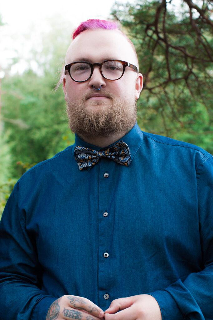Jag har fotat en Älva och en Rockstjärna i skogen!- Porträtt brudgum! | photobymj.se