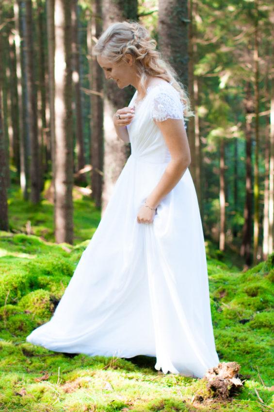 Jag har fotat en Älva och en Rockstjärna i skogen!- Porträtt bruden! | photobymj.se