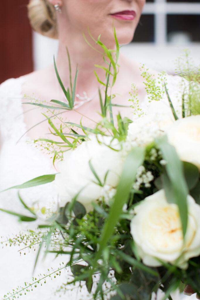 Brudmässa Dahlbogården - Detaljbild blommorna | photobymj.se