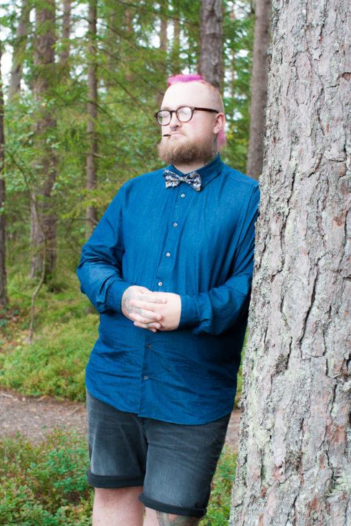 Jag har fotat en Älva och en Rockstjärna i skogen!- Porträtt brudgummen i fokus!   photobymj.se