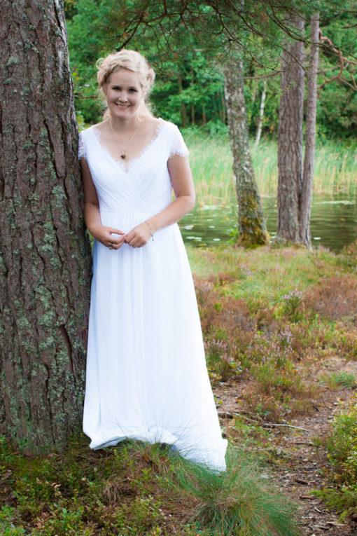 Jag har fotat en Älva och en Rockstjärna i skogen!- Porträtt bruden!   photobymj.se