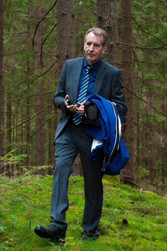 Jag har fotat en Älva och en Rockstjärna i skogen!- Porträtt brudens far!   photobymj.se