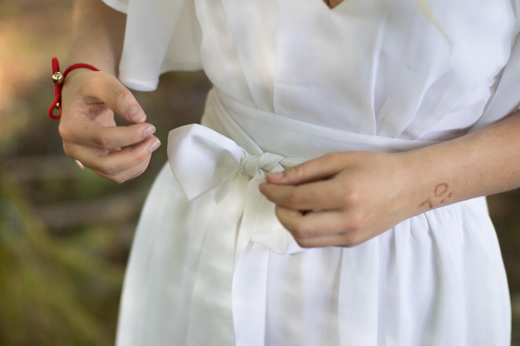 Student - Detaljer på studentklänningen | photobymj.se