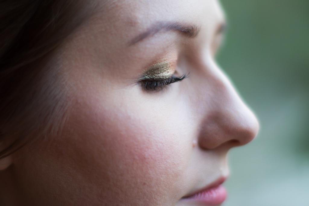 Emmy - Make-up närbild | photobymj.se