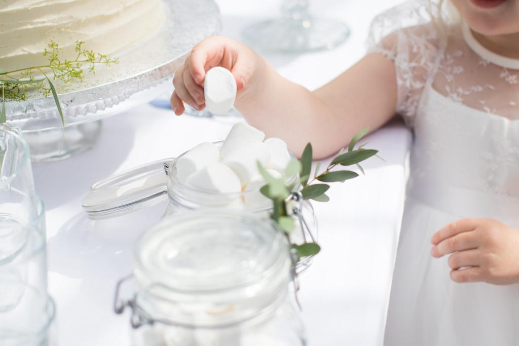 Grön Fotografering - Barn på bröllop | photobymj.se