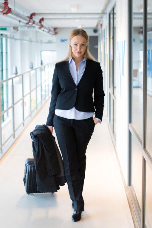KAP Sweden - Modebilder av business-kläder för begravningsbranschen | photobymj.se