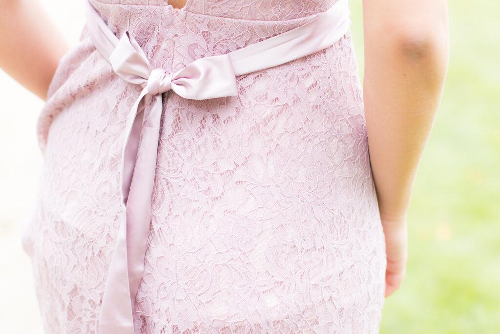 Sarah - Balklänning med vackra detaljer i närbild | photobymj.se