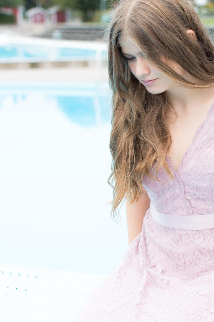Sarah - På trampolinen i närbild | photobymj.se